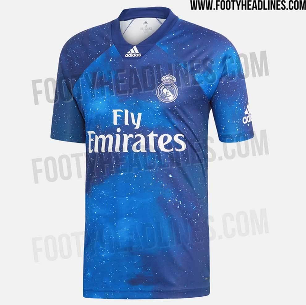 Camiseta del Real Madrid como homenaje a 'Los Galácticos' diseñada...