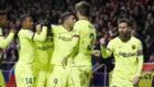 El Barcelona celebra el 1-1 en el Wanda Metropolitano.