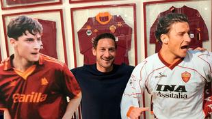 Totti será homenajeado antes del partido entre la Roma y el Real...