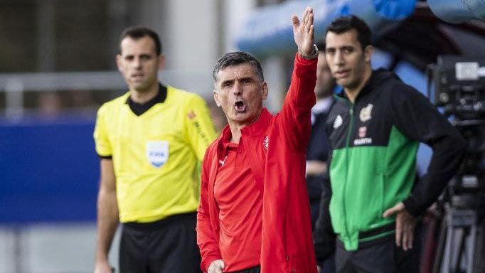 José Luis Mendilibar, durante la victoria del Eibar ante el Real...