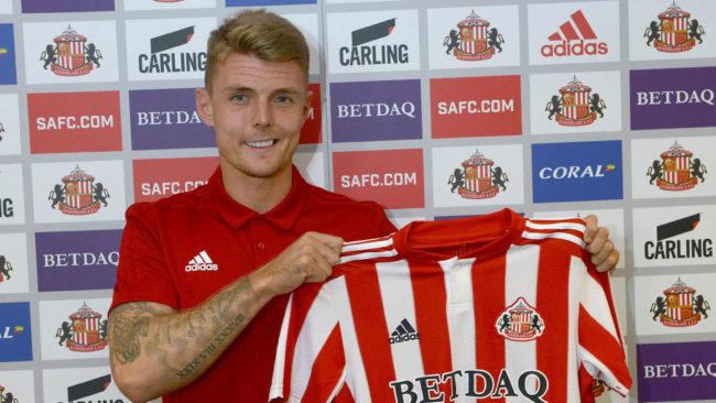 Max Power, en su presentación como jugador el Sunderland.