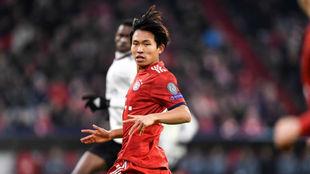 Woo-Yeong, durante su estreno contra el Benfica.