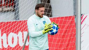 Oblak, durante un entrenamiento del Atlético
