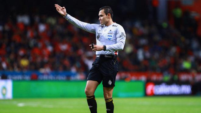 Cambio de árbitro en el Toluca vs América