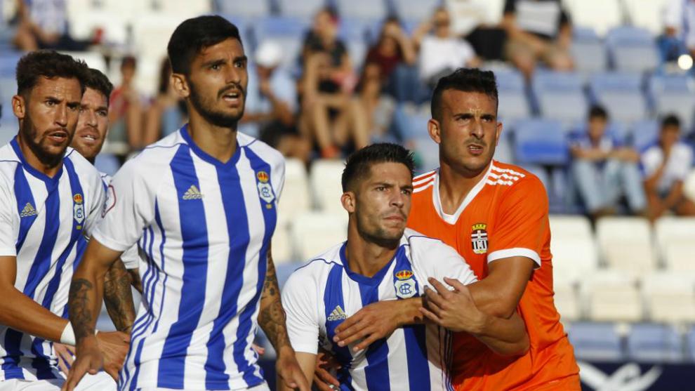 El Recreativo de Huelva, durante un partido esta temporada frente al...