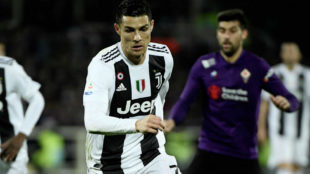 Cristiano, durante un lance del partido contra la Fiorentina