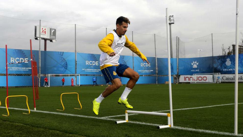 Hernán Pérez se entrena en la Ciudad Deportiva.