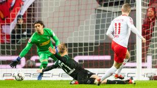 Werner remata a portería para poner el 1-0