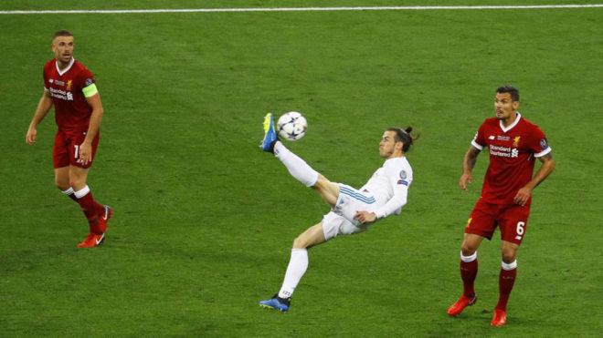 Bale reclama el 'Puskas' a Salah por su chilena