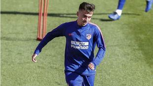 Joaquín, en un entrenamiento con el Atlético.