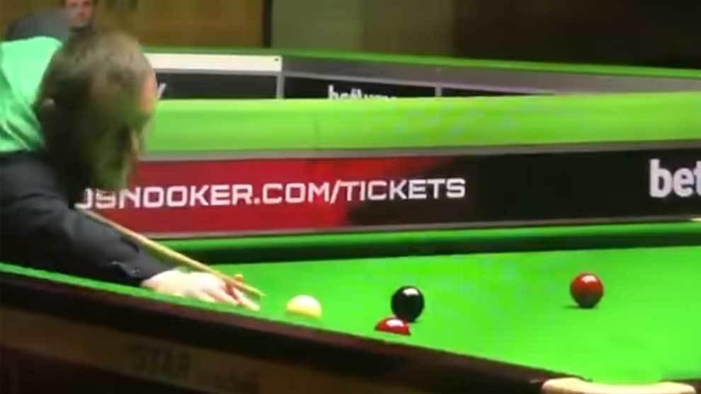Mark Allen vio interrumpida su partida de snooker contra Basem...