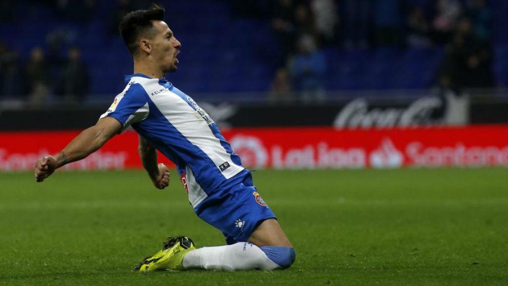 Hernán Pérez celebra su gol contra el Cádiz.