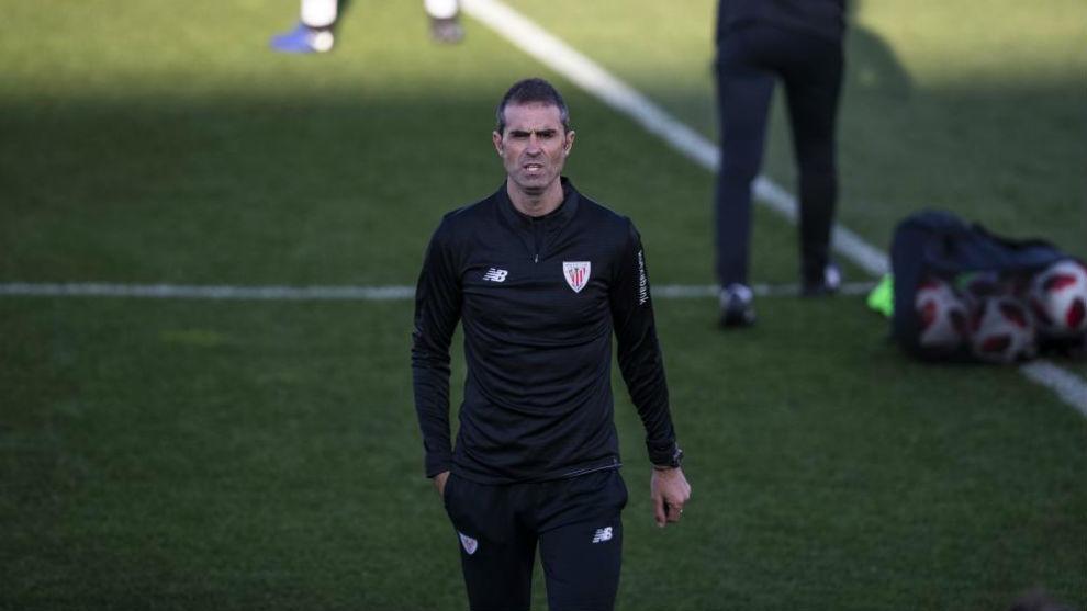 Garitano, durante su primer entrenamiento con el Athletic.