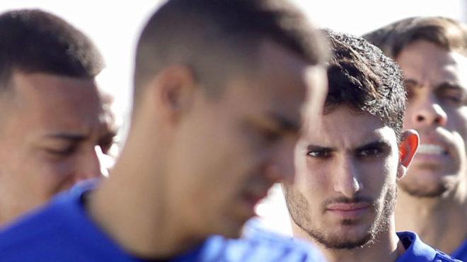 Los rostros de Rodrigo y Guedes, en la sesión del Valencia de este...