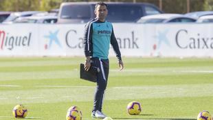 Javi Calleja, durante un entrenamiento con el Villarreal.