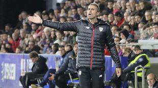 Garitano, durante el partido ante el Huesca.