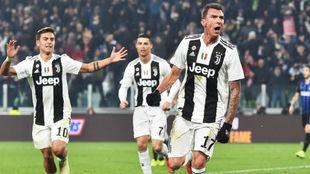 Mandzukic, celebrando el único gol del partido.