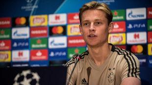 De Jong, en una rueda de prensa antes de un partido de Champions