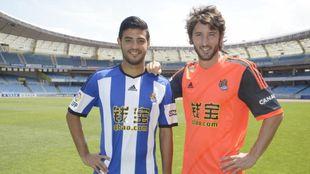 Carlos Vela y Esteban Granero, el día de la presentación del acuerdo...