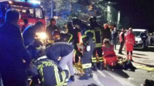 Seis personas han fallecido y más de 100 han resultado heridas en un...