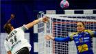 la alemana Smits lanza para batir a Silvia Navarro