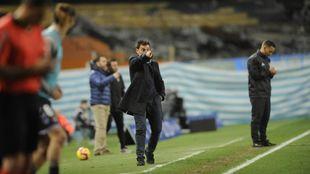 Asier Garitano señala una acción del partido contra el Valladolid.