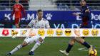 Llorente persigue el balón ante Melero