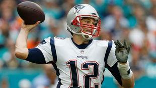 Tom Brady, en acción frente a los Miami Dolphins.