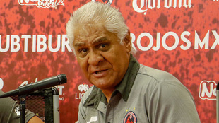El presidente deportivo del Veracruz en conferencia
