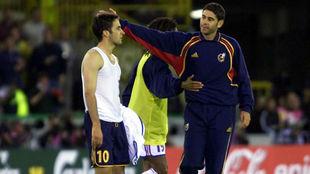 Hierro consuela a Raúl.