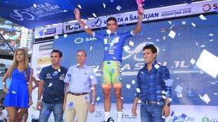Gonzalo Najar, con el maillot de mejor argentino en la Vuelta a San...
