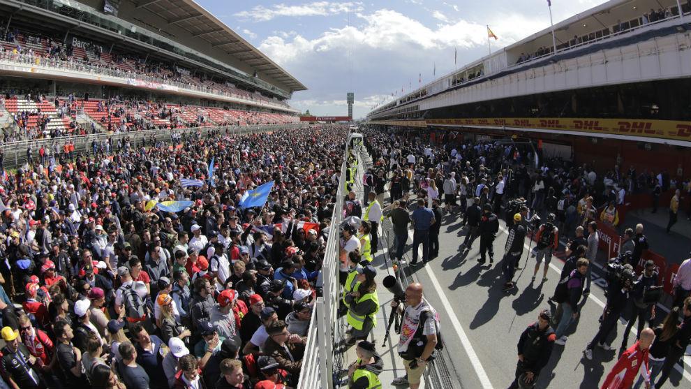 Aficionados a la F1, en el Circuit.