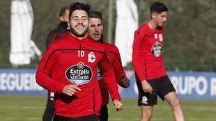 Un sonriente Carles Gil en un entrenamiento reciente