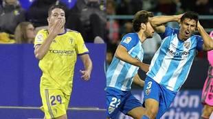 Manu Vallejo y Diego González, en sendos partidos con Cádiz y...