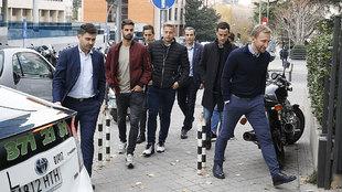 Jugadores del Reus a su entrada a la sede de LaLiga para conocer su...