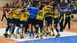 Los jugadores del Bidasoa celebran una victoria