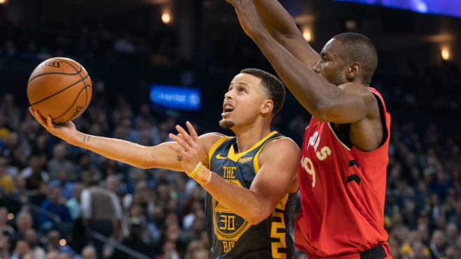 Raptors, sin Leonard, ganan a Warriors