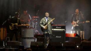La Habitación Roja prosigue su gira tras la enfermedad de su cantante