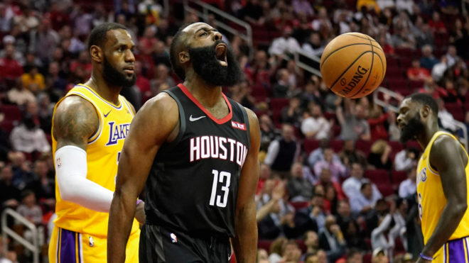 James Harden explota ante los Lakers