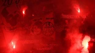 Incidentes en el estadio Olímpico de Roma con aficionados radicales...