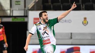 Mario Porras celebra un gol ante el Granollers en la pasada Copa del...