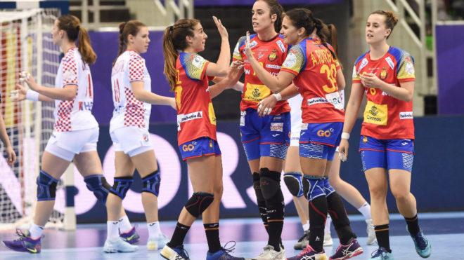 Las 'Guerreras' celebran su victoria ante Croacia en el Europeo 2018 /