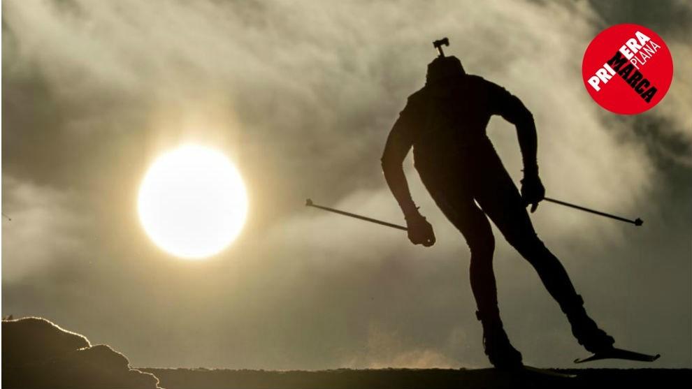 UN FOCO EN EL HORIZONTE. La imagen recoge un instante de la Copa del Mundo de biathlon.