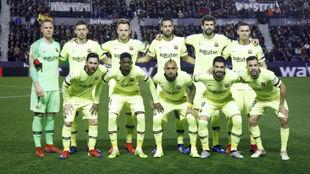 Once del Barcelona contra el Levante.