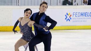 Sara Hurtado y Kirill Jalyavin, durante la danza rítmica.