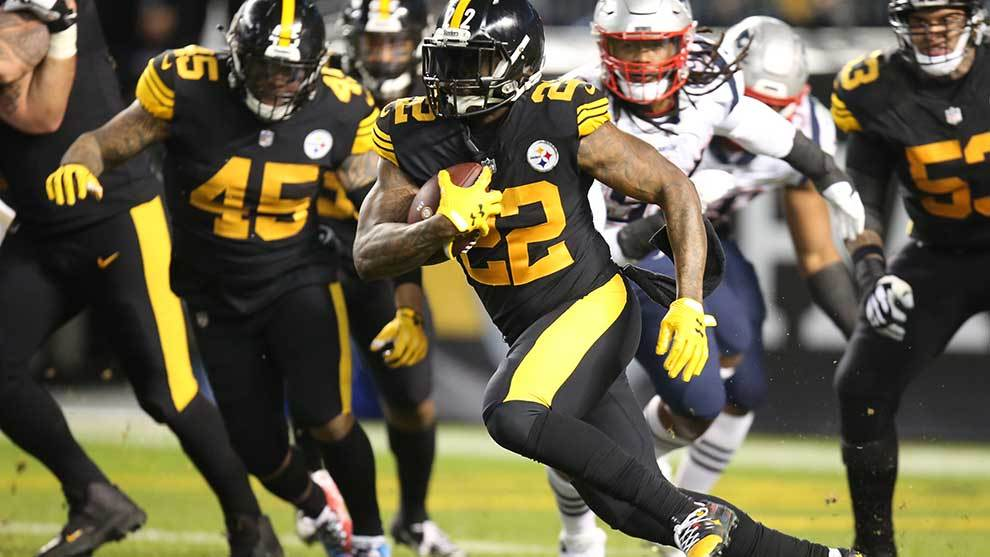 Steelers enfrentan a los Patriots