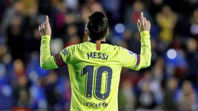 new style 78d34 1d5ac LaLiga Santander - Barcelona: No rival to Messi | MARCA in ...