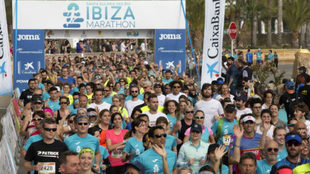 La salida del Ibiza Marathon.