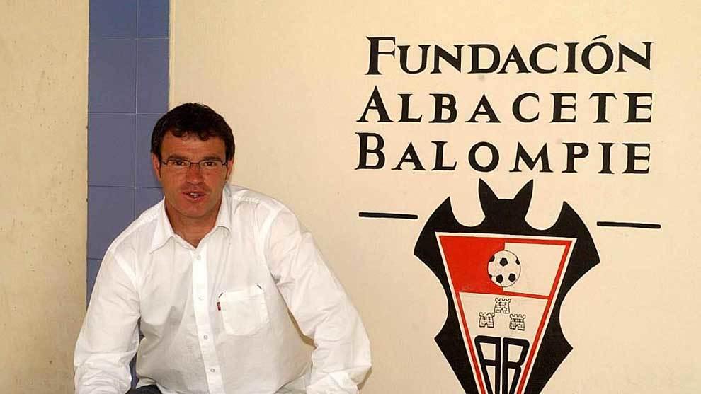 Martín Monteagudo, en su etapa como entrenador del Albacete