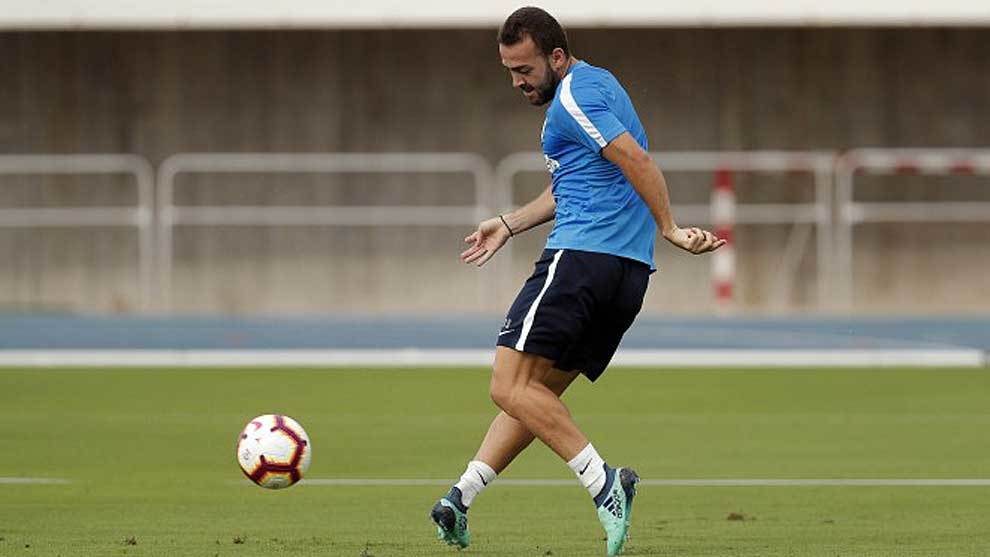 Keidi Baré, durante un entrenamiento del Málaga esta temporada